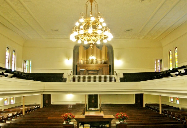 Court Street Baptist Church interior